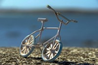 bicycle-on-the-road-4-1396641-m